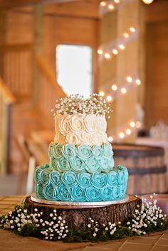 Baby Boy Shower Cake! Blue ombre rosettes. Cake: Angela Hudson. Venue: Sierra Vista. Photo credit: Megan Vaughan