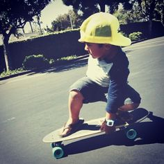 #littlemen #longboarding #longboard #longboardskateboard #skating #skate #skateboard #skateboarding #sk8 #carve #carving #cruise #cruising #bomb #bombing #bombhills #bombhillsnotcountries #country #countrylongboarding