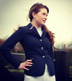 Stylish Kingsland Sloane Show Jacket!!!!  A Classic Softshell fitted show jacket, in Navy, water resistant, breathable and machine washable to 30 degrees. This smart jacket has logo and special design Kingsland buttons and a decoration band in Kingsland colours which adds a smart edge as well as a flattering fit and stylish look to this show jacket.