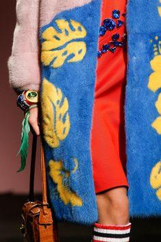 Prada Spring 2014 Ready-to-Wear Accessories Photos - Vogue