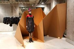 Diseño de stands de cartón