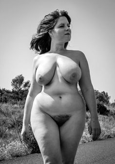 nude Natural vintage woman
