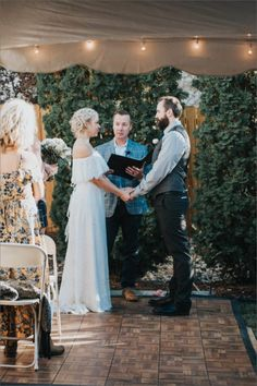 In the latest installment of The Chupi Wedding Series, we speak to Kelly & Tom about the beginning of their journey in an Irish Pub in Denver to their gorgeous wedding in their backyard. Bridesmaid Dresses, Wedding Dresses, Denver, Irish, Toms, Wedding Day, Journey, Backyard, Bridesmade Dresses