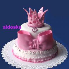Princess cake  By: aldoska  URL: http://cakecentral.com/gallery/2286078/princess-cake