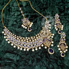 Suzain Necklace + Earrings + Tikka by Indiatrend. Shop Now at WWW.INDIATRENDSHOP.COM