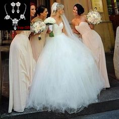 Find More Wedding Dresses Information about 2015 White Cheap Princess Wedding Dresses With Lace Ball Gown Robe De Mariee Custom Made Vestido De Noiva For Bridal ,High Quality gown with lace sleeves,China dress pants elastic waist Suppliers, Cheap dresses gowns uk from SuZhou Louise Trading Co.,LTD on Aliexpress.com