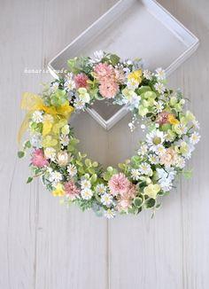 ハンドメイドマーケット minne(ミンネ)  little flowers wreath:春の小花