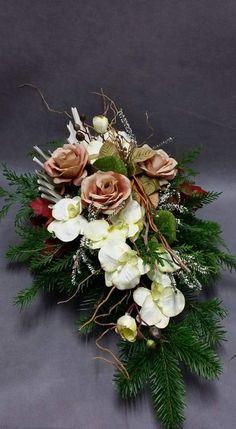 Christmas Flower Arrangements, Christmas Flowers, Christmas Decorations, Deco Floral, Artisanal, Grapevine Wreath, Funeral, Floral Wreath, Etsy Shop