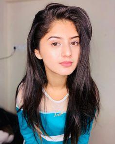 Arishfa Khan Height, Weight, Age Family, Boyfriend and Facts Teen Celebrities, Indian Celebrities, Celebs, Beautiful Girl Indian, Beautiful Indian Actress, Teen Actresses, Indian Actresses, Girl Pictures, Girl Photos