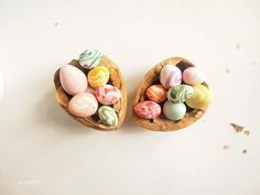 ice pandora: DIY: Marble Easter Eggs made with Fimo Clay.  These would be so cute with the paper bag nests I pinned to this board also.