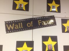 Wall of fame for Hollywood themed graduation. Hollywood Party, Hollywood Crafts, 5th Grade Graduation, Graduation Theme, Kindergarten Graduation, Graduation Ideas For Preschool, Hollywood Theme Classroom, Classroom Themes, Classroom Board