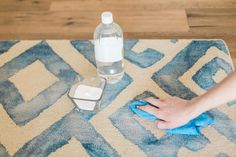 When it comes to an all-natural cleanerthat cuts through grease and grime, baking soda is a total rock star. Get your home sparkling fromtop to bottom with these quick and effective tips.