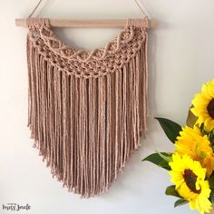 MELODIE is knotted with this gorgeous Antique Peach luxe cotton, with just a touch of Nude colour cotton within the top pattern of detailing. Macrame Wall Hanging Patterns, Macrame Plant Hangers, Macrame Patterns, Weaving Patterns, Macrame Design, Macrame Art, Macrame Projects, Crochet Case, Deco Boheme