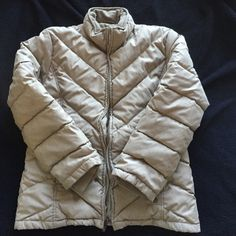 Kenneth Cole jacket Size L ( more like Medium) Color tan. Reaction by Kenneth Cole - with a very small stain in the front ( pic 4) Kenneth Cole Reaction Jackets & Coats Puffers