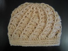 so cute. knit caps. Winter <3