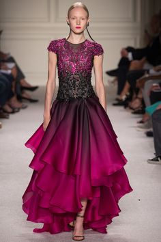 Gorgeous Ombré Style Gown Of Pink to Black - Marchesa Spring 2016 Ready-to-Wear Collection Photos - Vogue