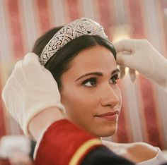 Here's Your First Look at the Meghan Markle and Prince Harry Biopic Sequel on Lifetime Movie Sequels, American Baby, Lifetime Movies, Jane The Virgin, Romance Movies, Human Emotions, Prince Harry And Meghan, Oprah Winfrey, Queen Elizabeth Ii