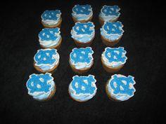 UNC Tarheel cupcakes