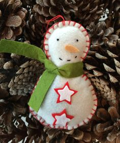 """I need some love :)  """"Frosty The Snowman""""  by TheIDConnection on Etsy"""