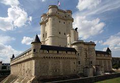 Chateau-de-Vincennes-donjon.jpg (2000×1385)