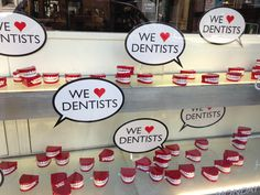 dentiere  At the dentist's shop London