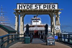 Hyde Street Pier. San Francisco, CaliforniaPhoto by Andy New.