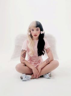 im really obsessed with melanie martinez and other female artists rn help