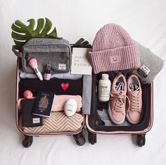 Packing for backpacking trip – Travel Packing Travel Bag Essentials, Packing Tips For Travel, Vacation Packing, Travel Checklist, Travel Luggage, Travel Backpack, Luggage Packing, New Travel, Travel Style