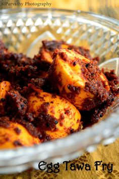 Egg tawa fry , am hearing this for the first time. Amma always used to make eggs with onion-tomato curry. And that curry can be used as . Prawn Recipes, Veg Recipes, Curry Recipes, Indian Food Recipes, Vegetarian Recipes, Chicken Recipes, Cooking Recipes, Cooking Time, Recipies