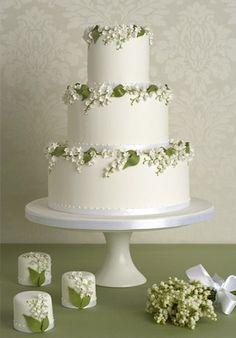 キャサリン王妃が愛した花「すずらん」がテーマの結婚式アイデア特集