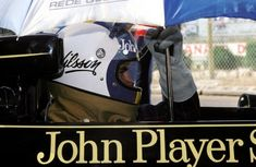 back when … you had to hold your own umbrellaGunnar Nilsson, JPS Lotus-Ford 1976 French Grand Prix, Paul Ricard Lotus F1, Formula E, F1 Racing, Indy Cars, F 1, Motogp, First World, Nascar, Grand Prix