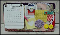 Calendário de mesa decorado em scrap  Kit agenda + calendário 10% de desconto!!!   ♥ No Bazar todos os produtos são personalizados, sendo assim, os produtos à venda são modelos para que você escolha e faça do seu jeito. Todo o material utilizado está sujeito a disponibilidade de estoque. R$ 65,00