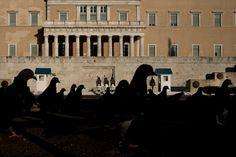 Athens, Syntagma sq. - Andreas Paradise - Street Photographers - 29527