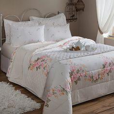 jogos de cama para casal branco com detalhes delicados
