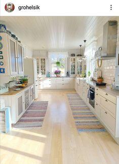 Kitchen Island, Kitchen Cabinets, Home Decor, Island Kitchen, Decoration Home, Room Decor, Cabinets, Home Interior Design, Dressers