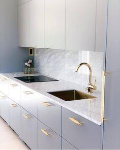 27 Modern Kitchen Interior Design That You Have to Try Modern Kitchen Interiors, Luxury Kitchen Design, Home Decor Kitchen, Interior Design Kitchen, Home Kitchens, Kitchen Office, Kitchen Modern, Kitchen Ideas, Kitchen Inspiration