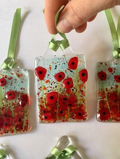 Fused Glass Ornaments, Fused Glass Jewelry, Fused Glass Art, Glass Beads, Remembrance Gifts, Remembrance Poppy, Glass Fusion Ideas, Glass Christmas Decorations, Glass Fusing Projects