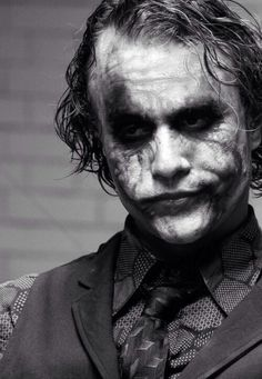 Heath Ledger as the Joker in the Dark Knight Joker Batman, Joker Y Harley Quinn, Joker Art, Batman Art, Batman Robin, Heath Ledger Joker, Heath Ledger Tattoo, Joker Images, Joker Pics