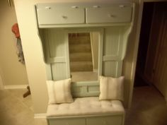 The Finished Mudroom Bench