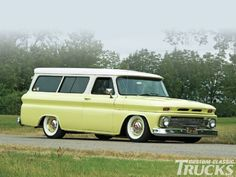 1966 Chevrolet Suburban - Family Fun