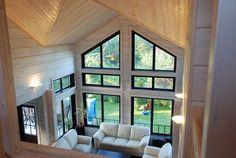 Фото дома со вторым светом интерьер