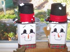 *** Painted Pavers, Painted Stones, Wood Projects, Projects To Try, 2x4 Crafts, Holiday Crafts, Holiday Decor, Brick Pavers, Xmas