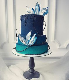 Gorgeous blue ombre wedding cake with painted ornamentation Beautiful Cake Designs, Gorgeous Cakes, Pretty Cakes, Big Cakes, Just Cakes, Fancy Cakes, Amazing Wedding Cakes, Amazing Cakes, Fondant Cakes