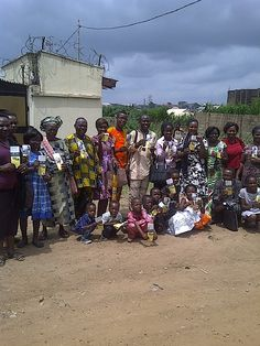 Brothers & Sisters of Aba Aladiye Congregation @ Tract Campaign in Oluyole area of Ibadan Oyo state Nigeria Submit