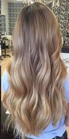 Beige Blonde Hair Color, Blonde Hair Shades, Light Blonde Hair, Grown Out Blonde Hair, Blonde Hair Looks, Hair Inspo, Hair Inspiration, Wine Hair, Aesthetic Hair
