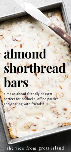 bar cookies Almond Shortbread Bars ~ an easy shortbread dessert recipe infused with a homemade almond paste, and topped with a to-die-for sweet almond glaze! Almond Recipes, Baking Recipes, Bar Cookie Recipes, Vegan Recipes, Köstliche Desserts, Delicious Desserts, Fast And Easy Desserts, Fast Dessert Recipes, Dinner Recipes