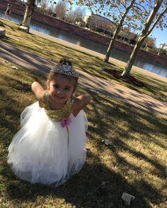 El amor es una magia una simple fantasía es como un sueño y al fin lo encontré   Today's my princess' party!! Se a llegado el día de la fiesta de mi amor chiquito! Creo q ya tengo todo listo! Ojalá todo me quede bien!  #Princess #AmairaniVallejo #Beautiful #OnceUponATime #3rdBirthdayParty #Princesa #Ami #Hermosa #EraseUnaVez #3Años #PicCreditToTía #DressCredit #IttyBittyToes by odalys_amairani