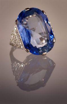 Sapphire ring fashion love upright vacuum