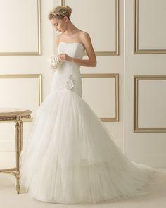Foto 5 de 100 Modelo Elaine de Luna Novias 2014. Vestido de novia low cost con escote palabra de honor. | HISPABODAS