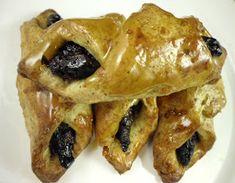 FarkasVilmos: Tepertős szilvás papucs French Toast, Meat, Chicken, Breakfast, Food, Morning Coffee, Essen, Meals, Yemek